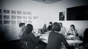 réunion brainstorm bureau recherche nom